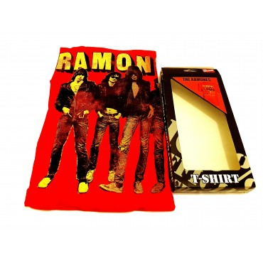 T Shirt  Ramones - Band Stand  M Red Bravado
