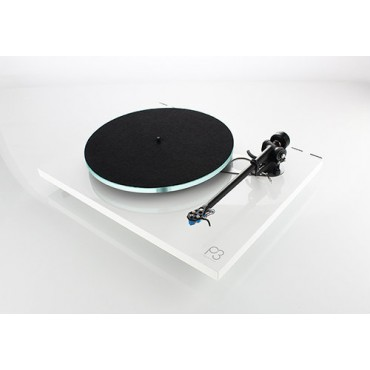 REGA Planar 3 Capsule Carbon Made In UK Black